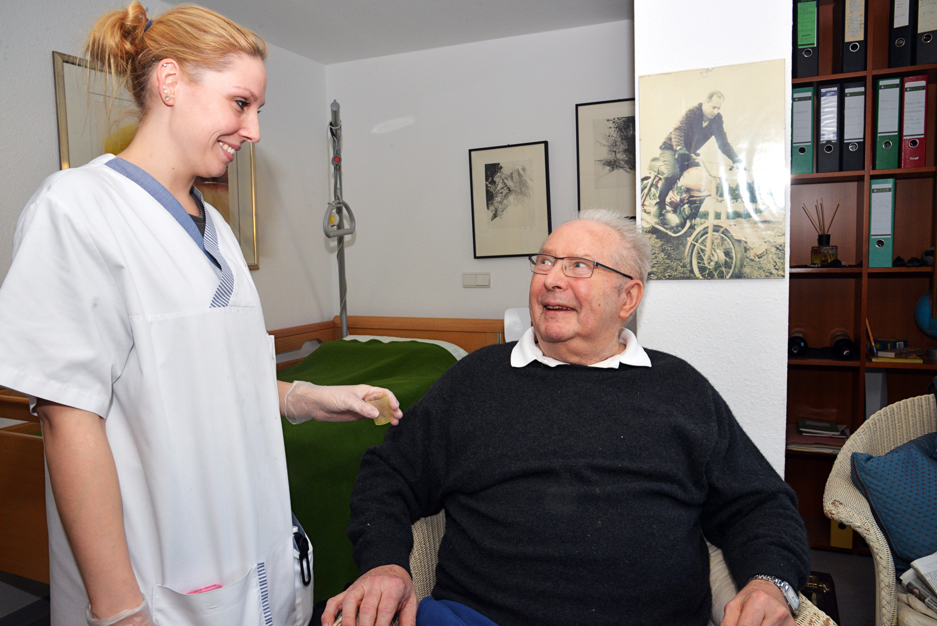 presse_pflegerin_patient